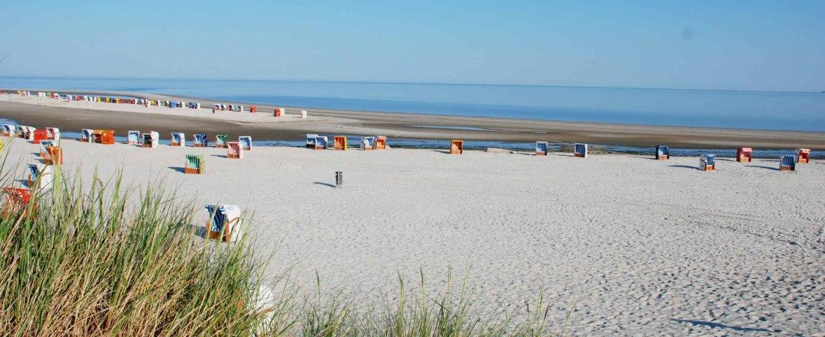 Norddorf Strand Strandkörbe morgens